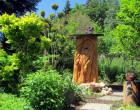 Klotzbeute im Imker - Garten Radig