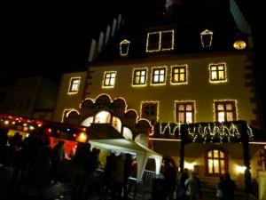 Einzigartig unser weihnachtlich geschmücktes Rathaus
